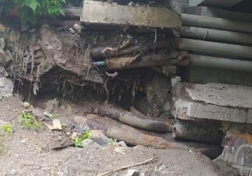 Соцсети: Реконструированный мост в Симферополе превращается в руины? - ФОТО