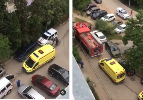 Жительницу Севастополя увезли с пожара в больницу