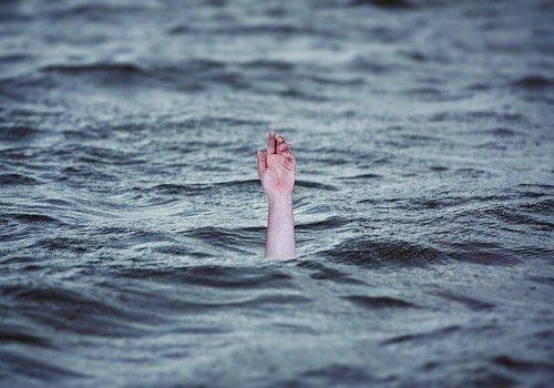 Севастополец заплыл за буйки и чуть не утонул