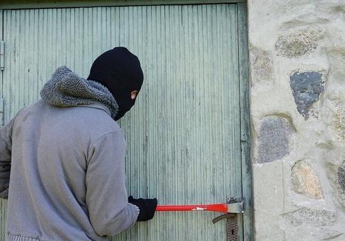 Крымчанин месяцами грабил дом своего соседа