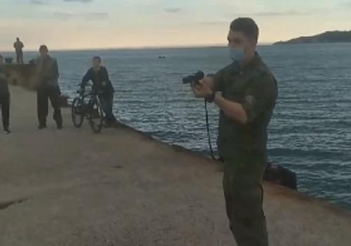 Неизвестные в камуфляже угрожали оружием рыбакам в Крыму ВИДЕО
