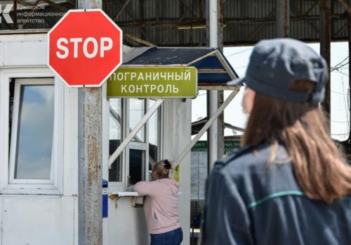 На границе с Крымом начали проводить экспресс-тестирование на ковид