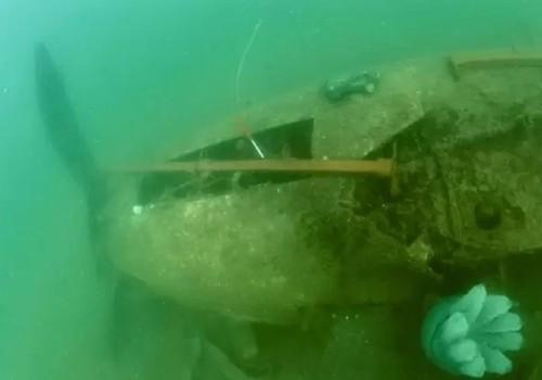Со дна Черного моря подняли советский самолет, сбитый фашистами во время войны