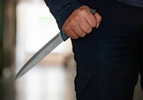Житель Сакского района пырнул ножом своего соседа по комнате
