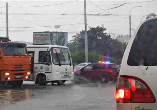 Куда севастопольцам обращаться с проблемами из-за потопа