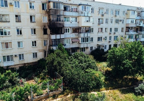 Из горящего дома в Севастополе эвакуировали 10 человек ФОТО