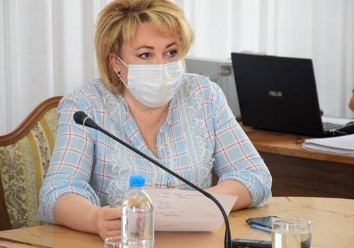 На предполагаемом месте исчезновения женщины в Ялте нашли куртку