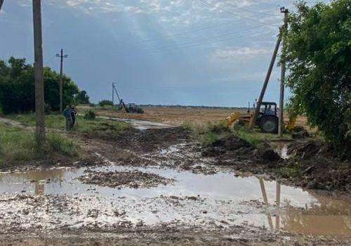 В Крыму затопило гектары полей: часть урожая погибла - видео
