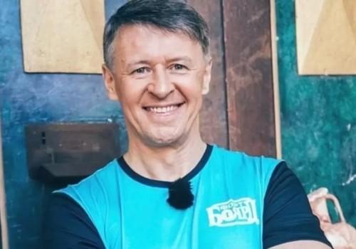 «По-южному гостеприимно»: Участник «Уральских пельменей» оценил крымский сервис