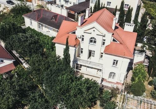 В Севастополе выставлен на продажу уникальный дом, созданный по проекту известного архитектора Юрия Брауде