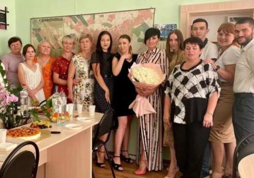 Вечеринка в разгар пандемии: Празднование дня рождения в администрации столицы Крыма вызвало скандал ФОТО