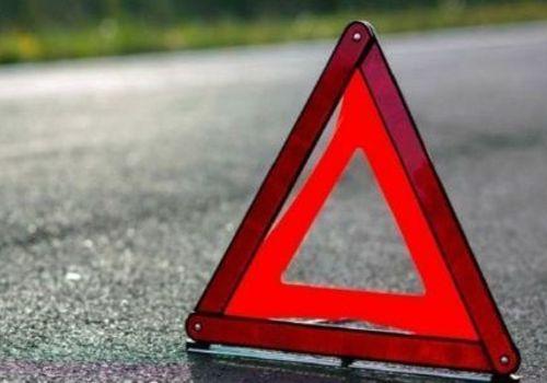 Иномарка протаранила припаркованные автомобили на Северной стороне Севастополя ВИДЕО