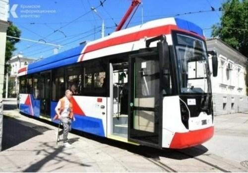 Девять новых трамвайных вагонов выйдут на линию в Евпатории в ближайшее время