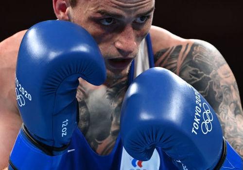 Крымский боксер Глеб Бакши завоевал бронзу в Токио