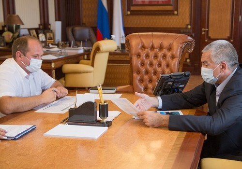 Аксенов уволил главу ГУП «Крымэкоресурсы» после проверки в регионах