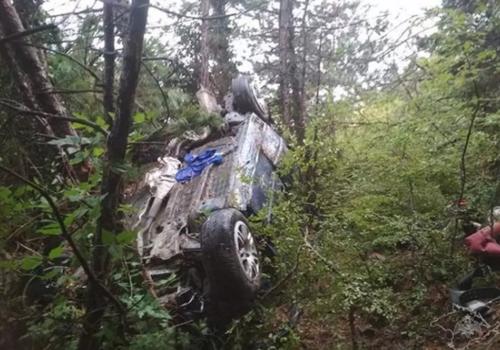 Под Форосом автомобиль с пассажирами сорвался в пропасть с 200-метровой высоты ФОТО, ВИДЕО