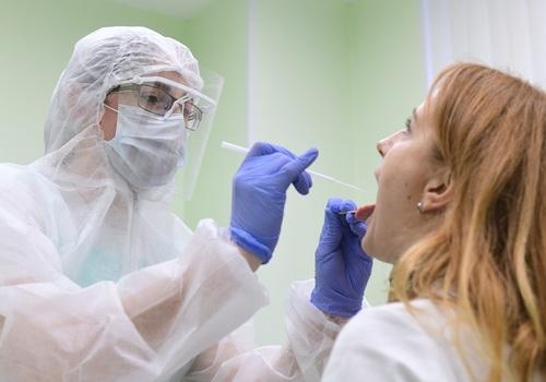 Роспотребнадзор: Четвертая волна коронавируса в Крыму неизбежна