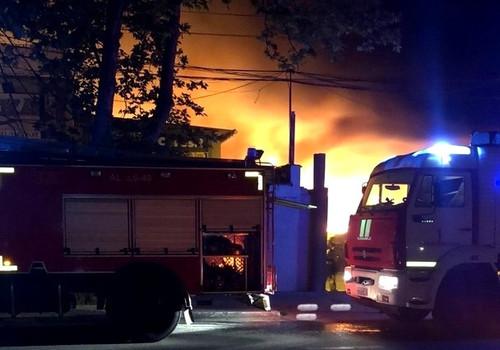 Торговые киоски сгорели в Севастополе на улице Шабалина