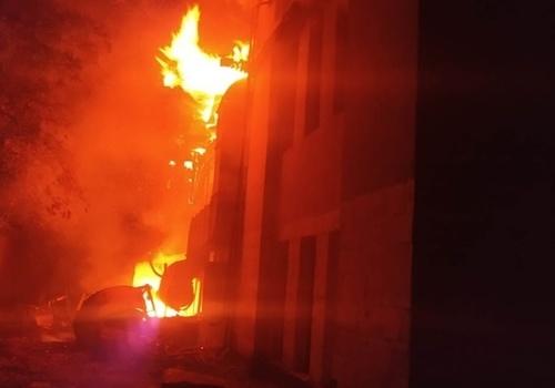 В Балаклавском районе Севастополя загорелось здание