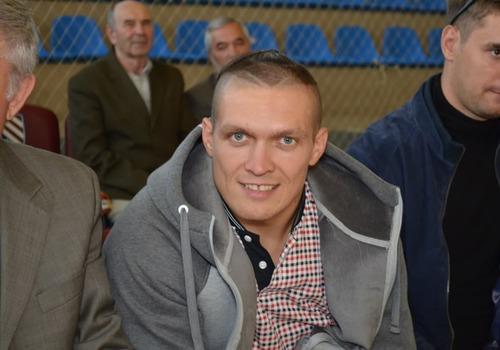 Боксёр из Крыма Александр Усик стал новым чемпионом мира