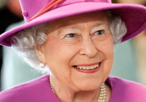 Елизавета II ответила на крымское письмо и указала в адресе Россию