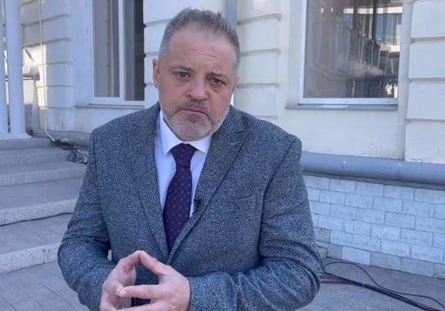 Советника Аксенова обвинили в призывах к суициду после его поста о вакцинации