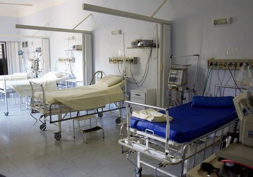 В детской больнице в Симферополе пациентку довели до кровавых пролежней