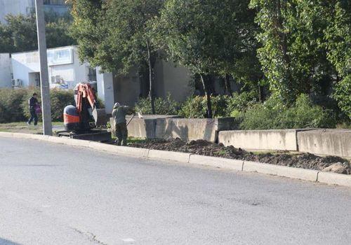 В Феодосии начались ремонтные работы на бульваре Старшинова