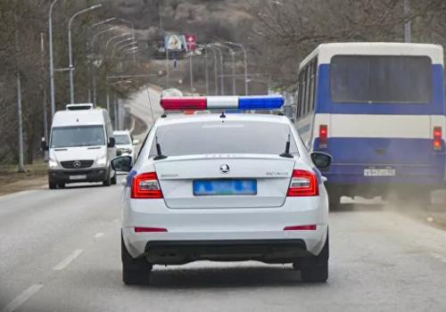 """Под Ялтой в двойной аварии пострадали водитель и медик """"скорой"""" ВИДЕО"""