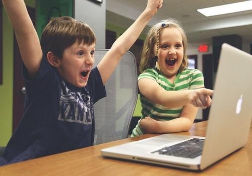 На портале Госуслуг будут регистрировать, начиная с детства