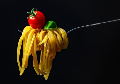 Рекордный рост цен на «народные» макароны и овсянку: что теперь мы будем есть?
