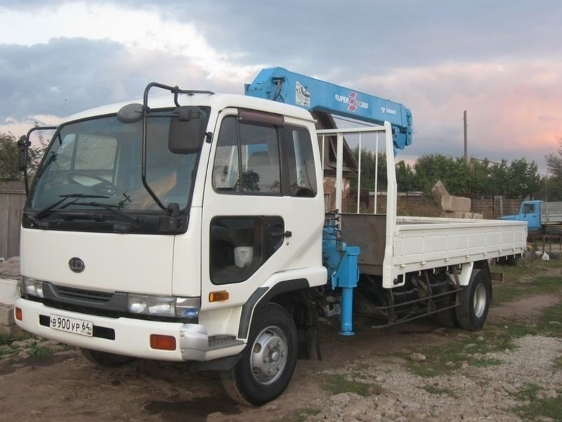 Кран-манипулятор 5-тонник в Севастополе – быстро, недорого, звоните круглосуточно!