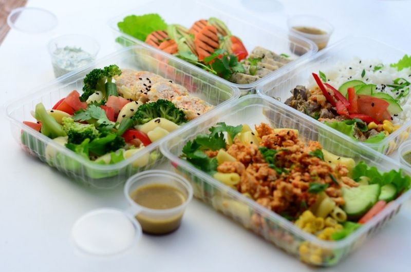 Доставка обедов в Севастополе, организация питания в офисах, на стройплощадках и пр. Всегда свежее!