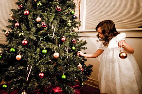 Выбираем модный наряд для новогодней елки